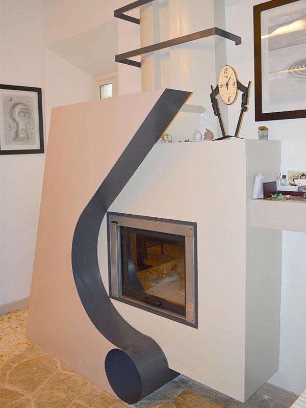 Camino disegnato dall'architetto Simonetto Vellucci